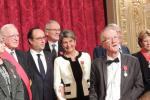 Photo de groupe avec les autres personnalités, autour du Président de la République