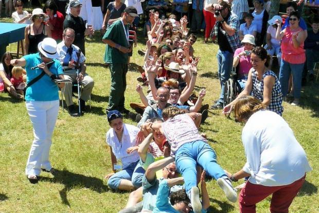 Jeux entre L'Arche à Grasset et la Ruisselée