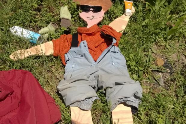 Archie découvre les joies du bronzage dans le Vauclure