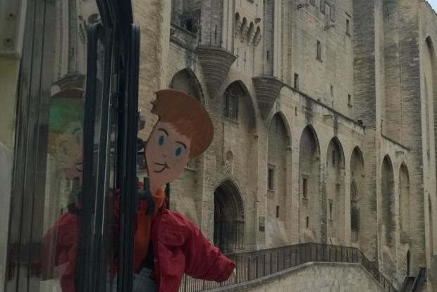 Archie au Palais des Papes