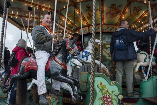 Un carrousel qui enchante petits et grands ©Kayte Brimacombe