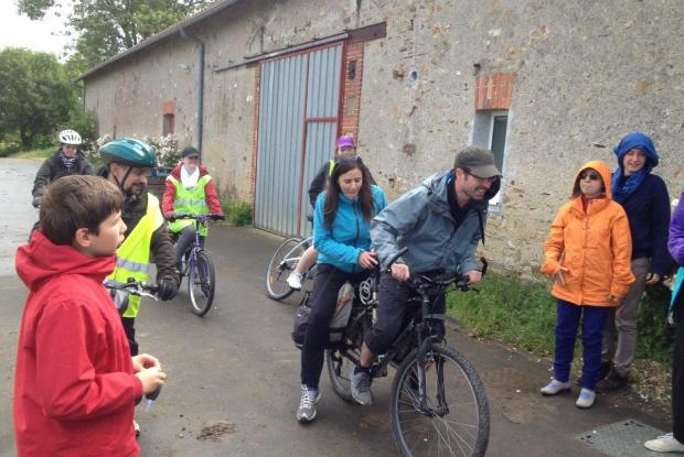 Le Groupe vélo quitte le Sénevé