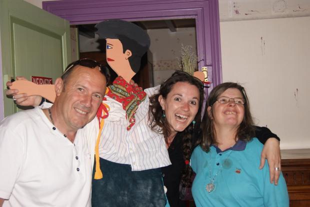 Fin du premier jour de m'Arche : nuit en gite. Thierry, Archie, Claire et Françoise