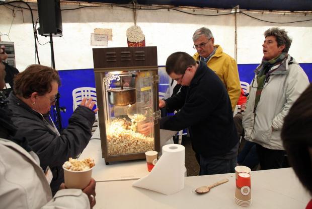 Popcorn à volonté au stand de L'Arche à Brest  ©Charlotte Dubois
