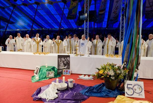 Messe à Paray-le-Monial. ©Kayte Brimacombe