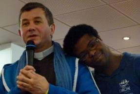 Sambo et Père Christian Mahéas